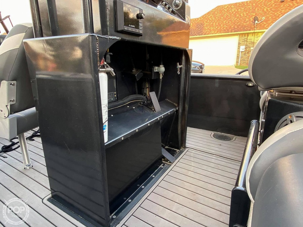 2018 Obsession boat for sale, model of the boat is Open & Image # 26 of 40