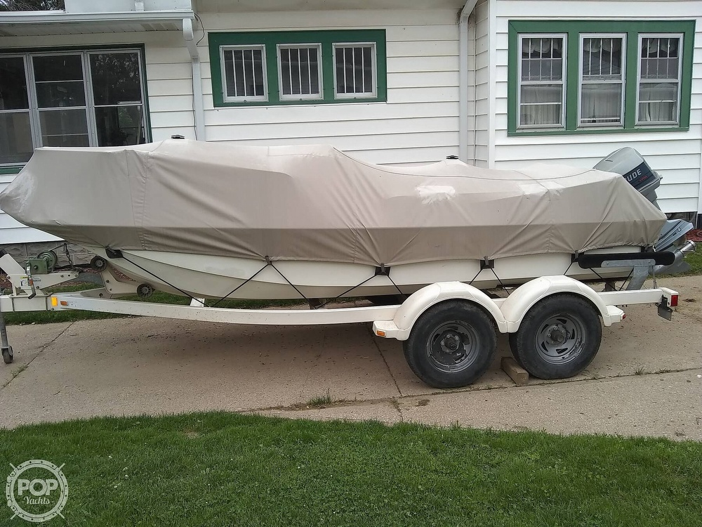 1974 Boston Whaler boat for sale, model of the boat is Nauset 17 & Image # 2 of 8