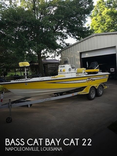 Used Bass Cat Boats For Sale by owner   2008 22 foot Bass Cat Baycat