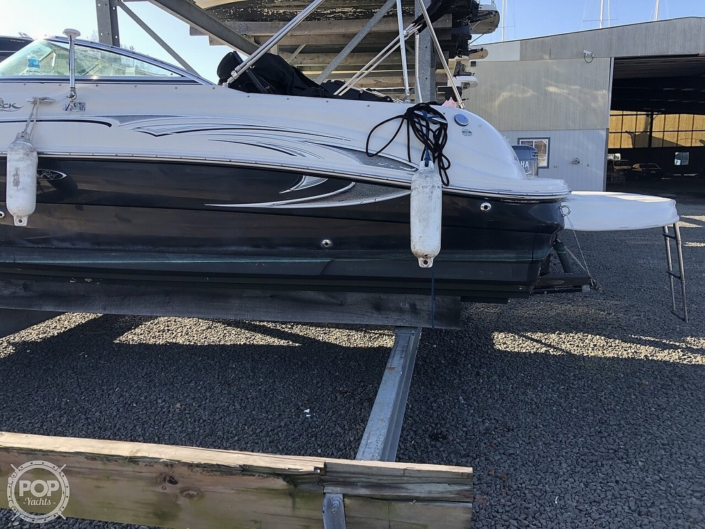 2006 Sea Ray boat for sale, model of the boat is 240 Sundeck & Image # 15 of 40
