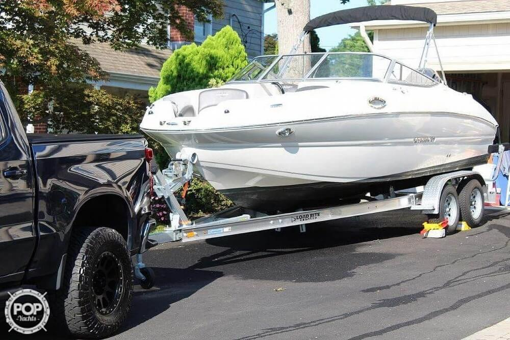 2018 Stingray boat for sale, model of the boat is 214LR & Image # 10 of 40
