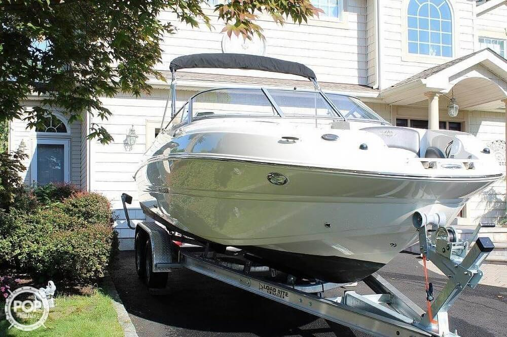 2018 Stingray boat for sale, model of the boat is 214LR & Image # 11 of 40