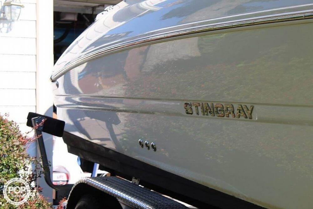 2018 Stingray boat for sale, model of the boat is 214LR & Image # 33 of 40