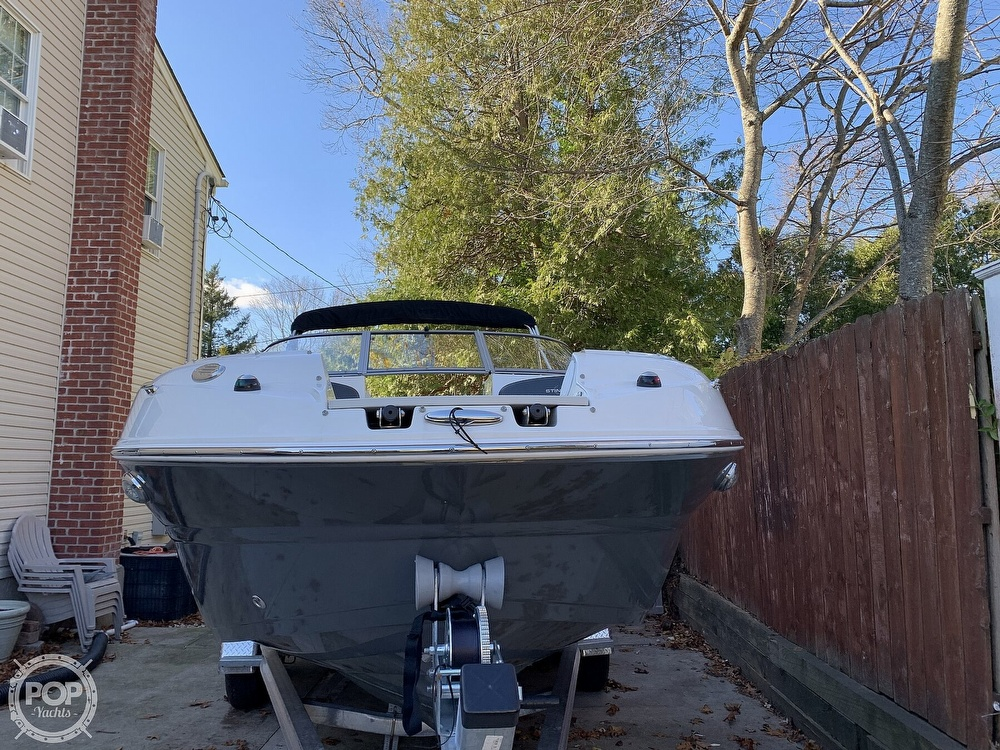 2018 Stingray boat for sale, model of the boat is 214LR & Image # 31 of 40