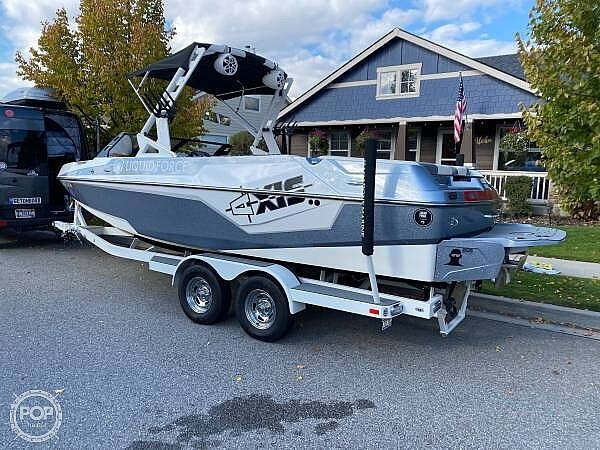 2019 Axis boat for sale, model of the boat is T23 Liquid Force & Image # 5 of 25