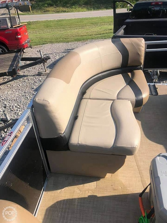 2019 Crestliner boat for sale, model of the boat is 200 Rally CS & Image # 4 of 10