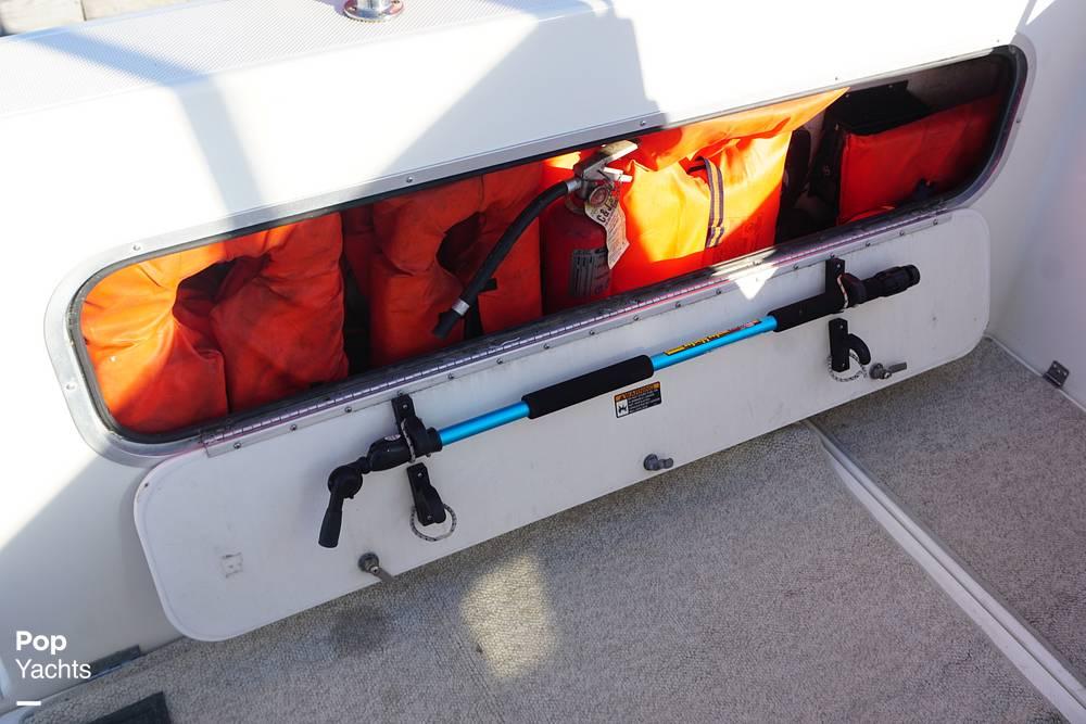 1999 Bayliner boat for sale, model of the boat is 2859 Ciera Express & Image # 31 of 40