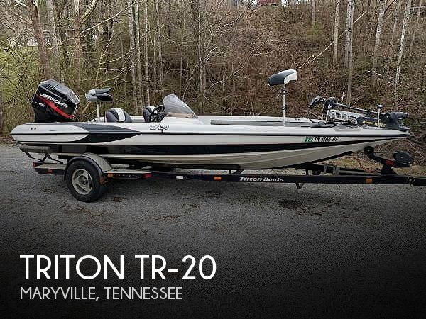 2000 Triton boat for sale, model of the boat is TR-20 & Image # 1 of 8