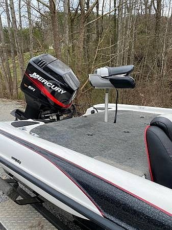2000 Triton boat for sale, model of the boat is TR-20 & Image # 5 of 8
