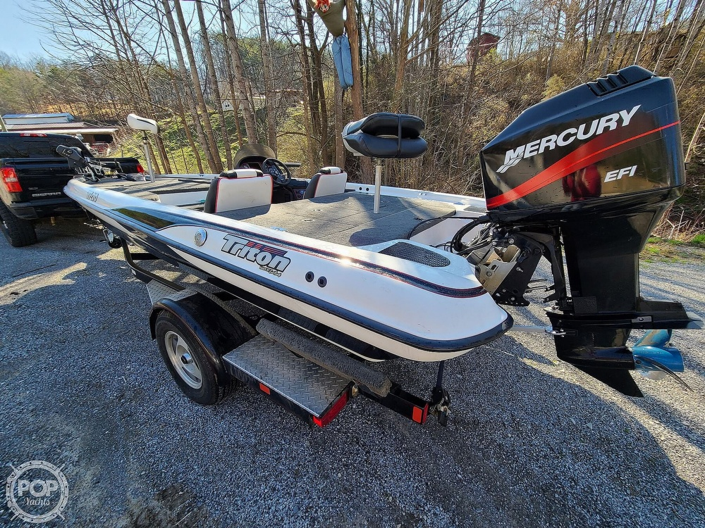 2000 Triton boat for sale, model of the boat is TR-20 & Image # 3 of 40