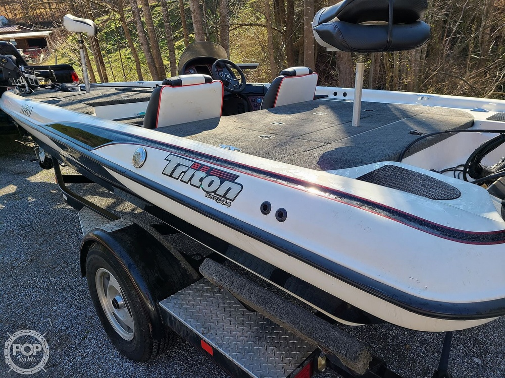 2000 Triton boat for sale, model of the boat is TR-20 & Image # 4 of 40