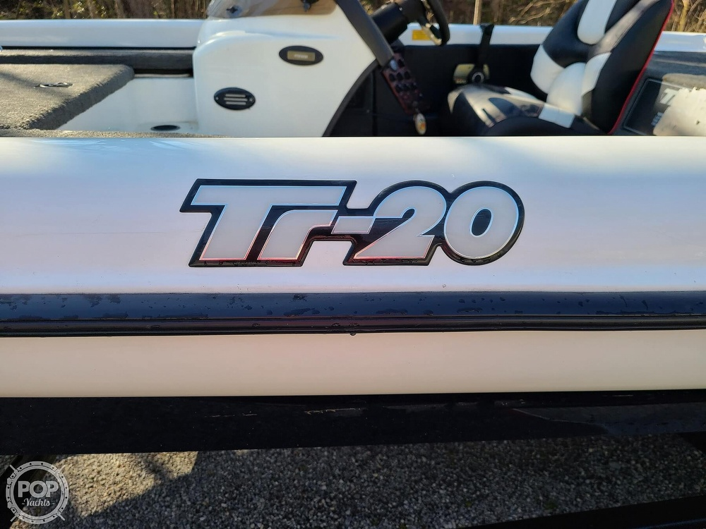2000 Triton boat for sale, model of the boat is TR-20 & Image # 5 of 40