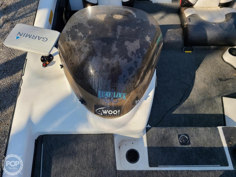 2000 Triton boat for sale, model of the boat is TR-20 & Image # 18 of 40