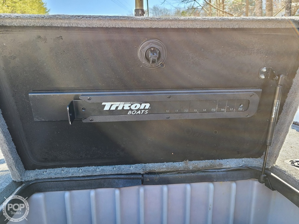 2000 Triton boat for sale, model of the boat is TR-20 & Image # 35 of 40