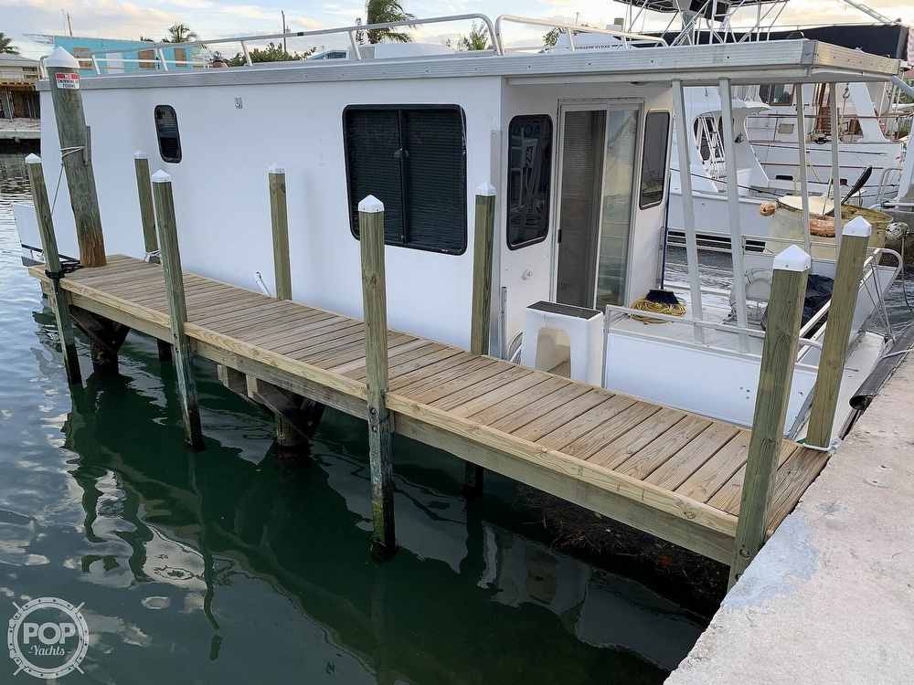 2010 Catamaran Cruisers boat for sale, model of the boat is 1035 Houseboat & Image # 2 of 40