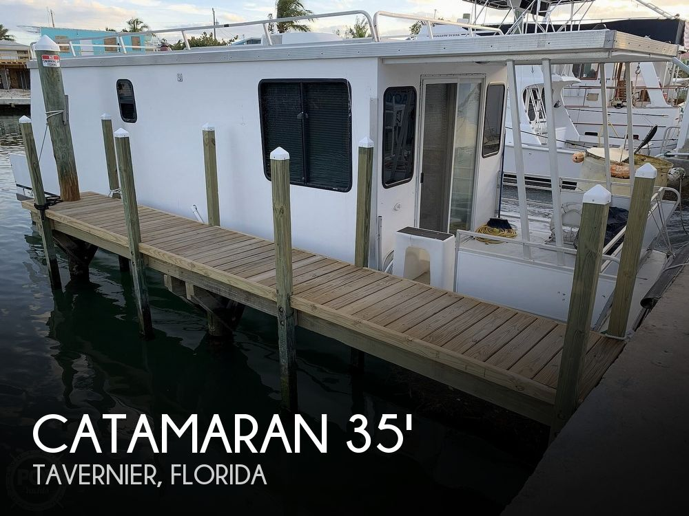 Used Catamaran Cruiser Boats For Sale by owner | 2010 Catamaran Cruiser Houseboat 35ft