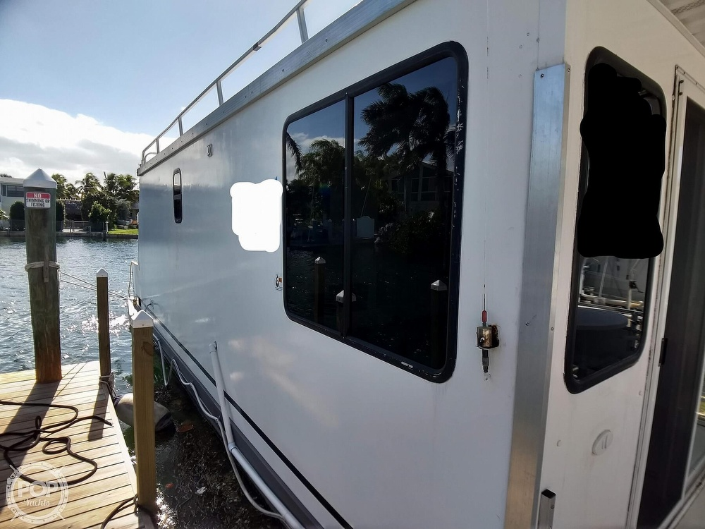 2010 Catamaran Cruisers boat for sale, model of the boat is 1035 Houseboat & Image # 11 of 40