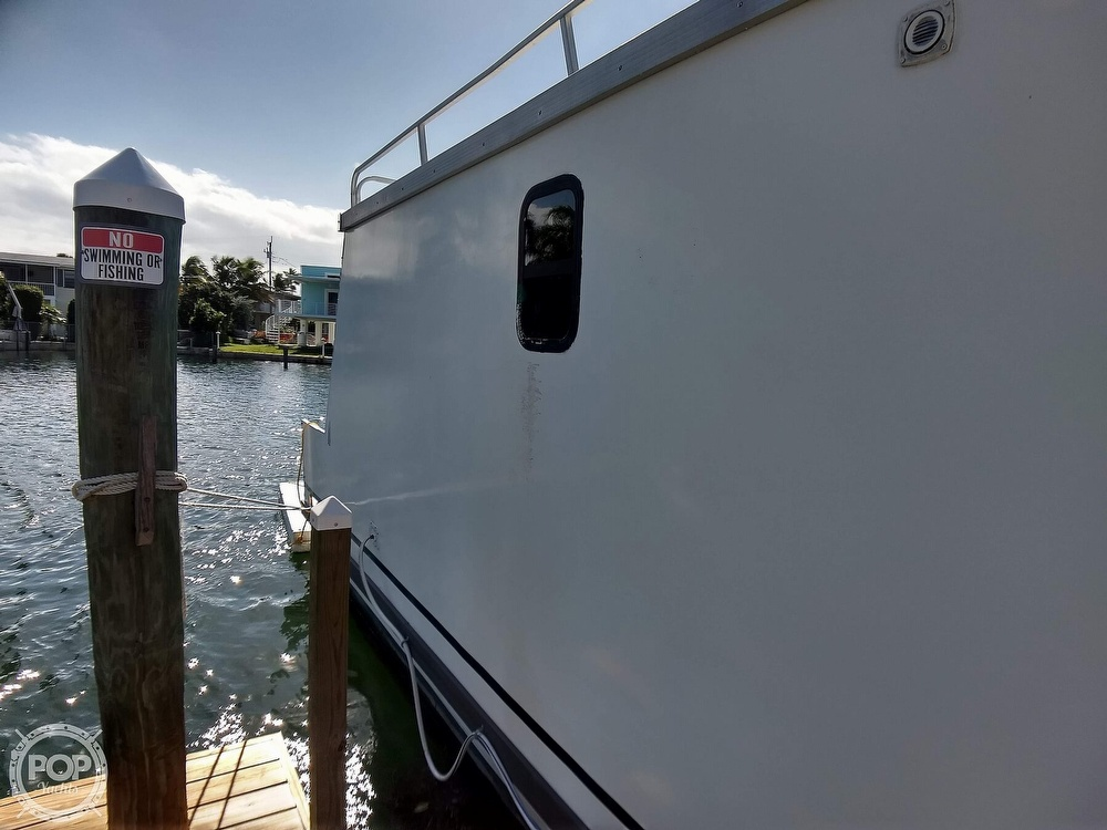 2010 Catamaran Cruisers boat for sale, model of the boat is 1035 Houseboat & Image # 12 of 40