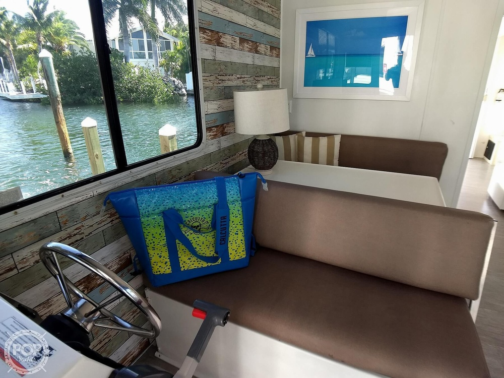 2010 Catamaran Cruisers boat for sale, model of the boat is 1035 Houseboat & Image # 22 of 40