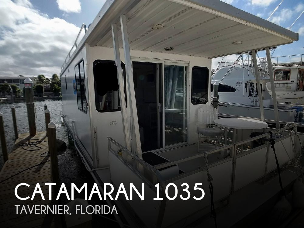 2010 Catamaran Cruisers boat for sale, model of the boat is 1035 Houseboat & Image # 1 of 40