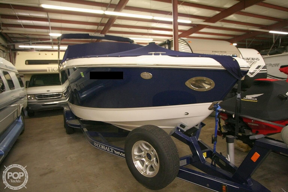 2014 Cobalt boat for sale, model of the boat is R5 & Image # 3 of 40