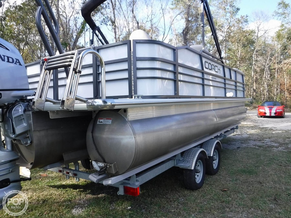 2018 Coach boat for sale, model of the boat is 230RFC & Image # 18 of 40