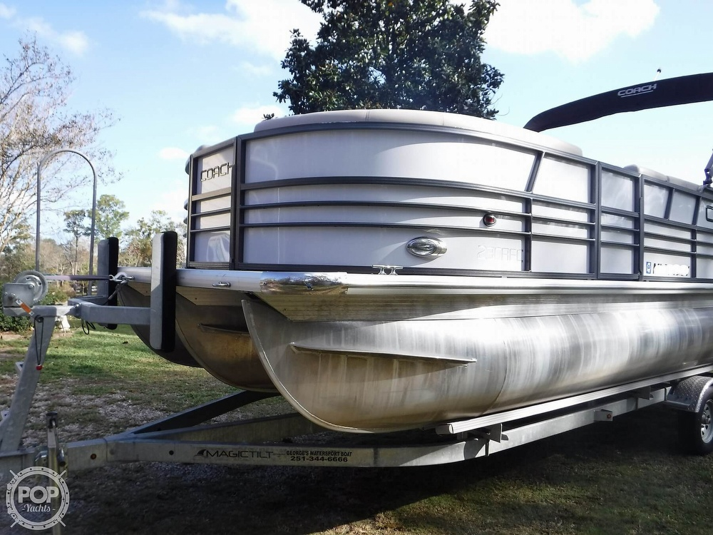 2018 Coach boat for sale, model of the boat is 230RFC & Image # 26 of 40