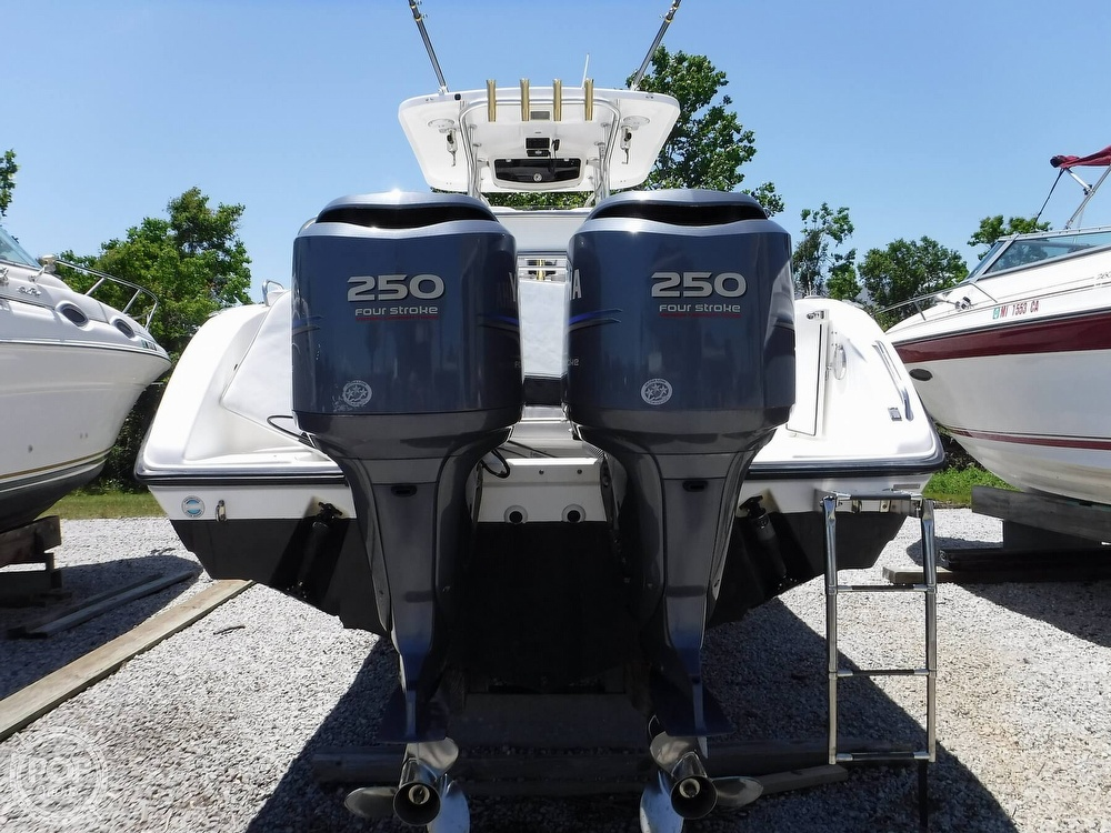 2010 Century boat for sale, model of the boat is 2901CC & Image # 4 of 40