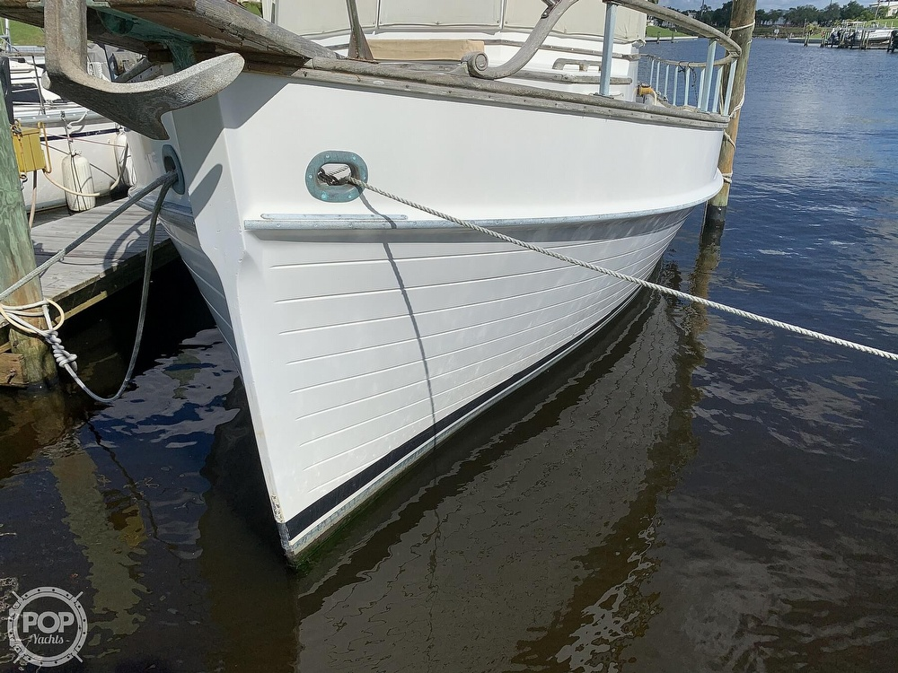 1973 Grand Banks boat for sale, model of the boat is 36 Classic & Image # 11 of 40