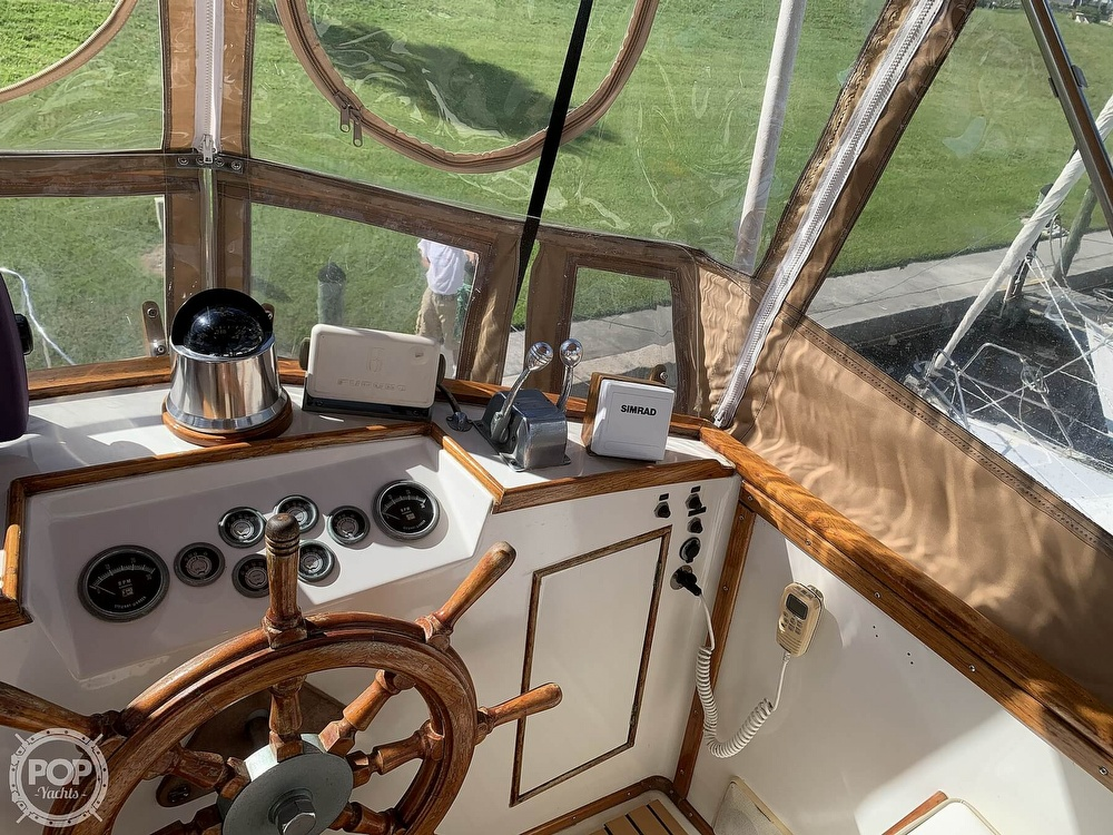 1973 Grand Banks boat for sale, model of the boat is 36 Classic & Image # 31 of 40