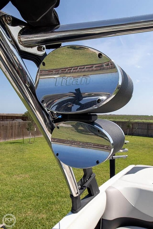 2012 Malibu boat for sale, model of the boat is 21 vRide & Image # 10 of 40