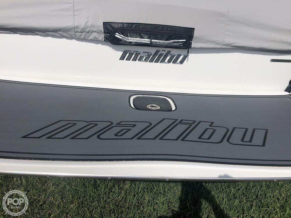 2012 Malibu boat for sale, model of the boat is 21 vRide & Image # 18 of 40