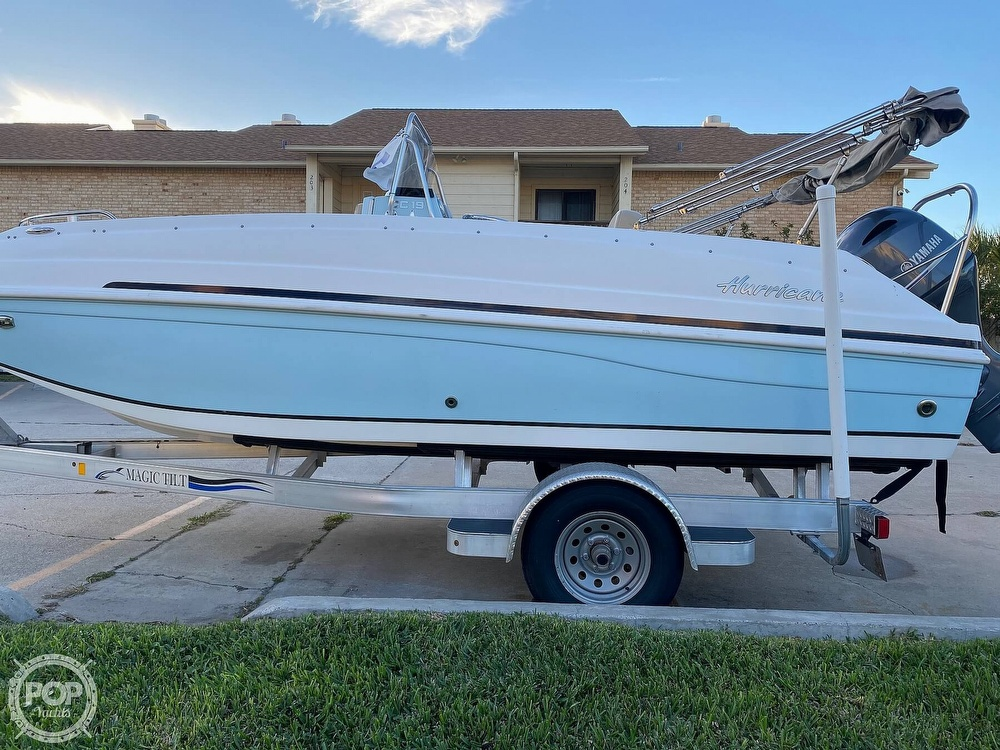 2016 Hurricane boat for sale, model of the boat is CC 19 & Image # 19 of 40