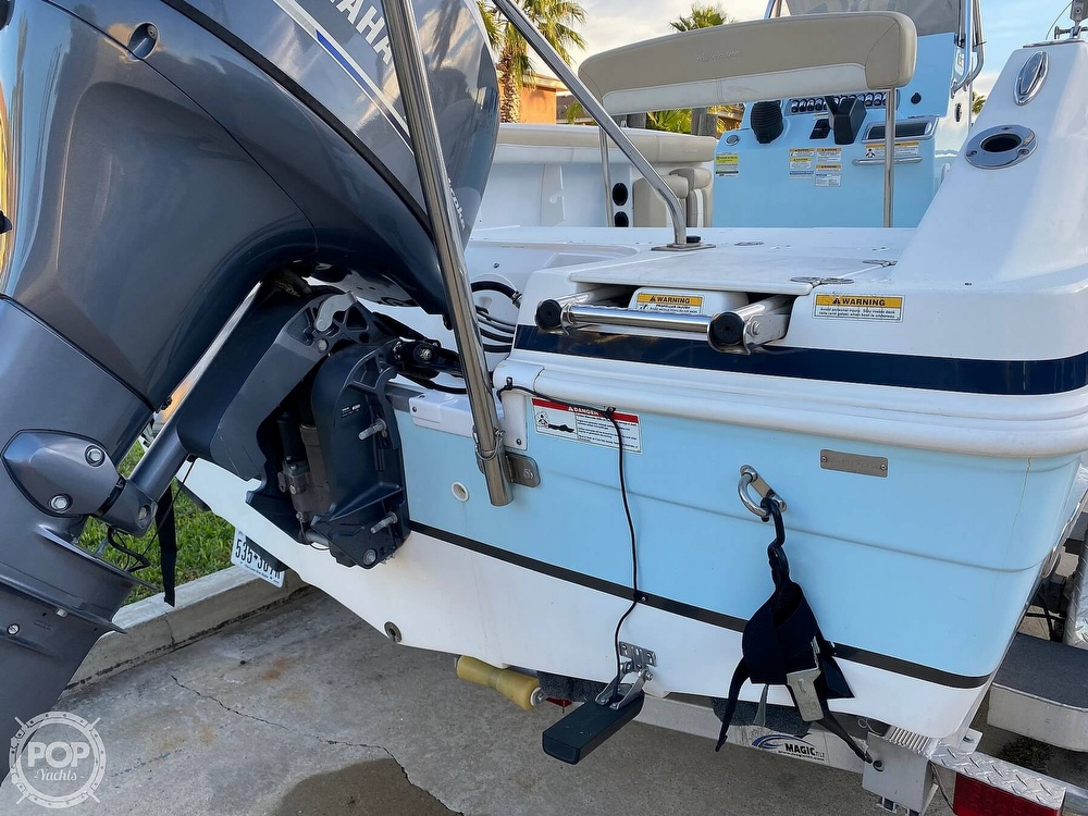 2016 Hurricane boat for sale, model of the boat is CC 19 & Image # 21 of 40
