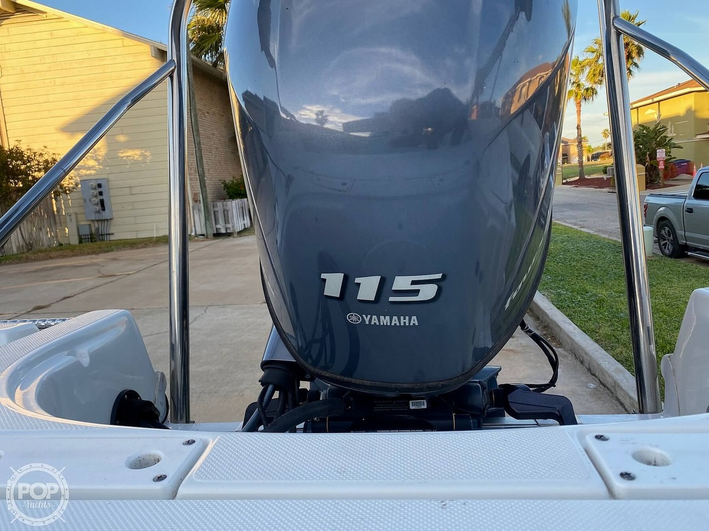 2016 Hurricane boat for sale, model of the boat is CC 19 & Image # 28 of 40