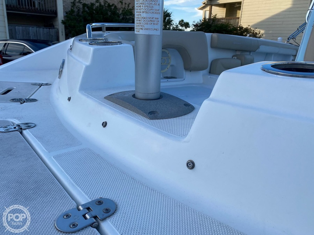 2016 Hurricane boat for sale, model of the boat is CC 19 & Image # 36 of 40