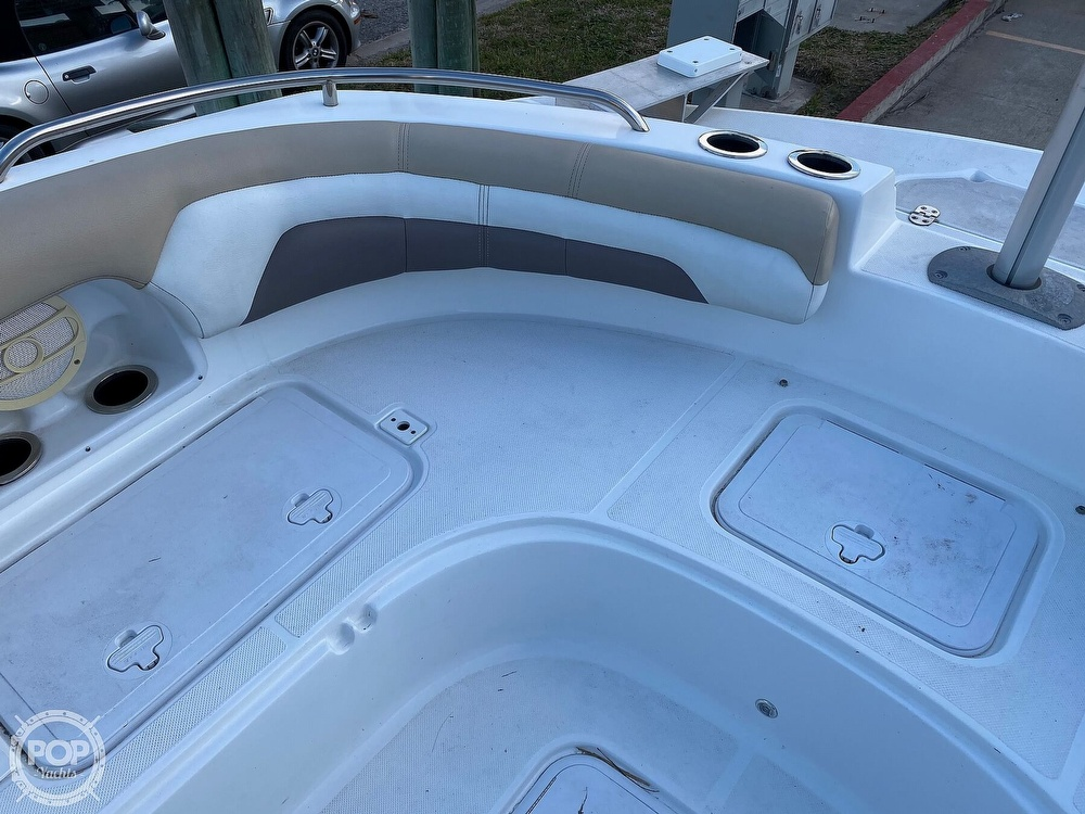 2016 Hurricane boat for sale, model of the boat is CC 19 & Image # 34 of 40