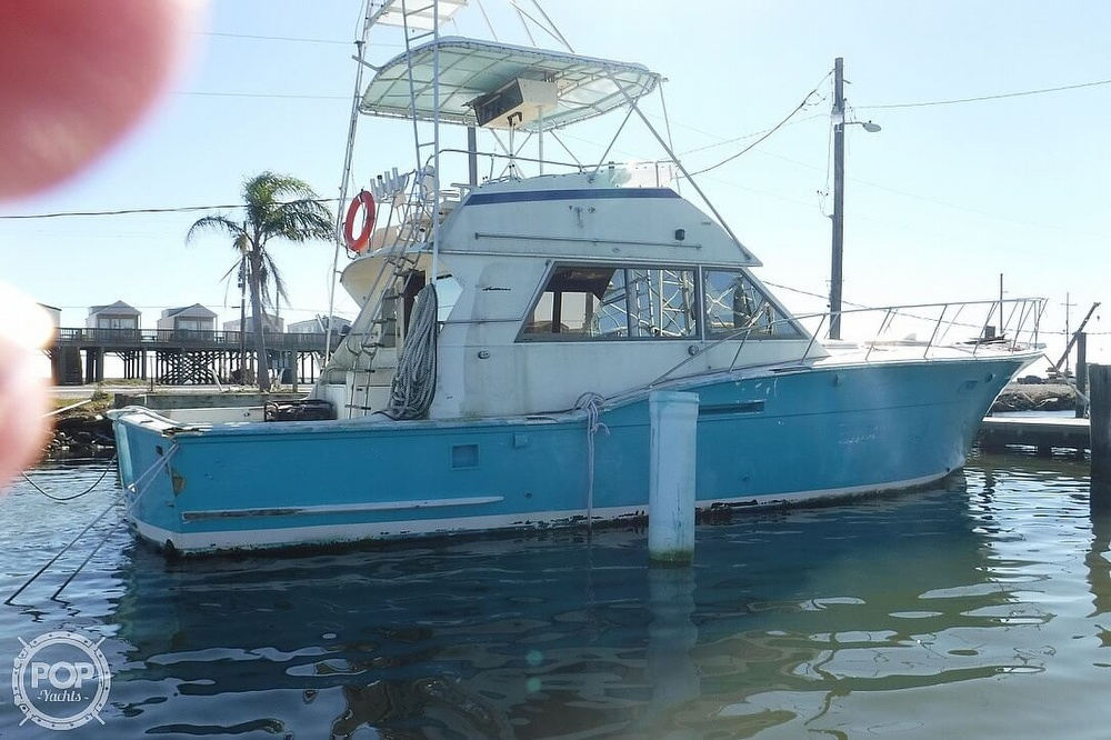 1977 Hatteras boat for sale, model of the boat is 46 Convertible & Image # 3 of 40