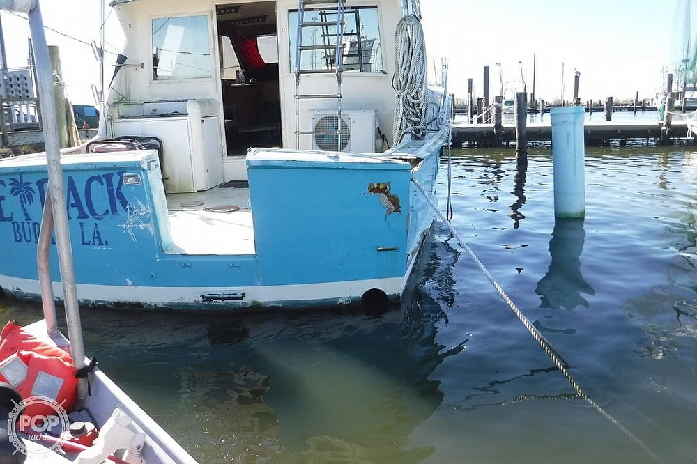 1977 Hatteras boat for sale, model of the boat is 46 Convertible & Image # 5 of 40
