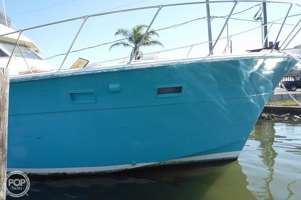 1977 Hatteras boat for sale, model of the boat is 46 Convertible & Image # 8 of 40