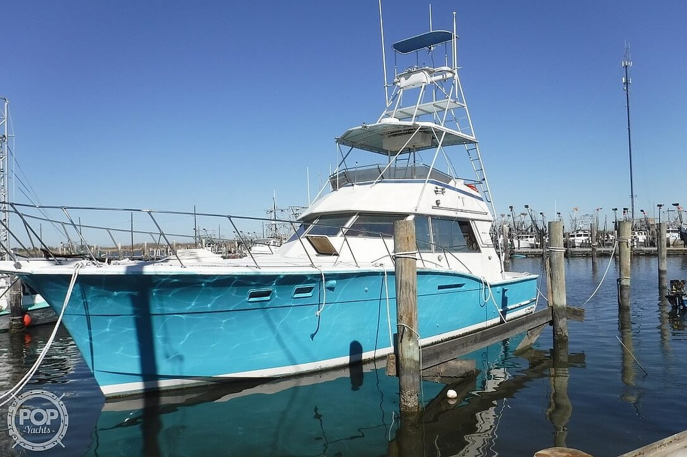 1977 Hatteras boat for sale, model of the boat is 46 Convertible & Image # 12 of 40
