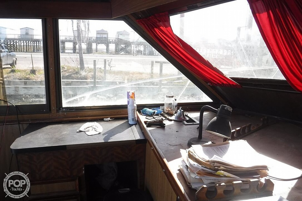 1977 Hatteras boat for sale, model of the boat is 46 Convertible & Image # 15 of 40