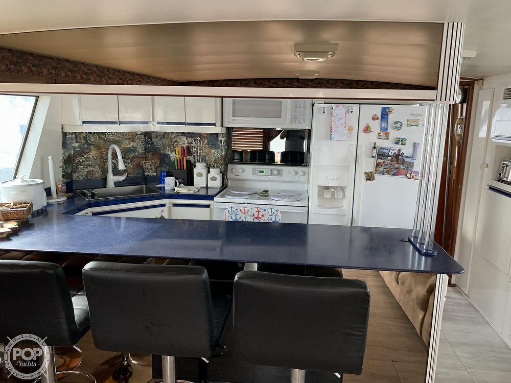 1977 Hatteras boat for sale, model of the boat is 58 Motor Yacht & Image # 15 of 40