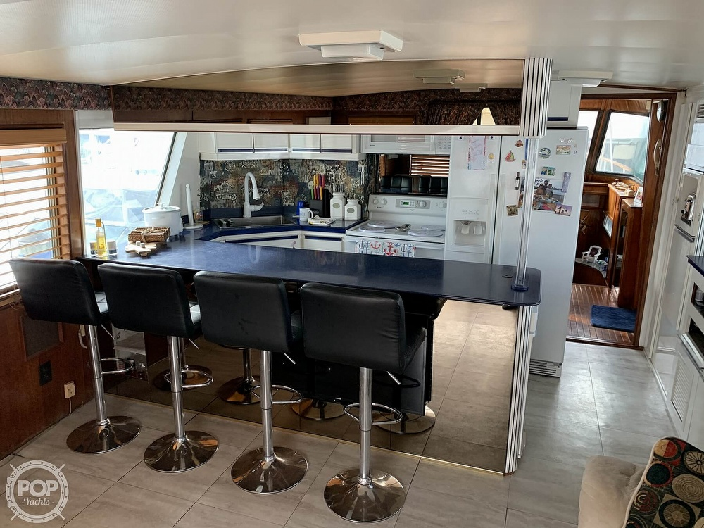 1977 Hatteras boat for sale, model of the boat is 58 Motor Yacht & Image # 33 of 40