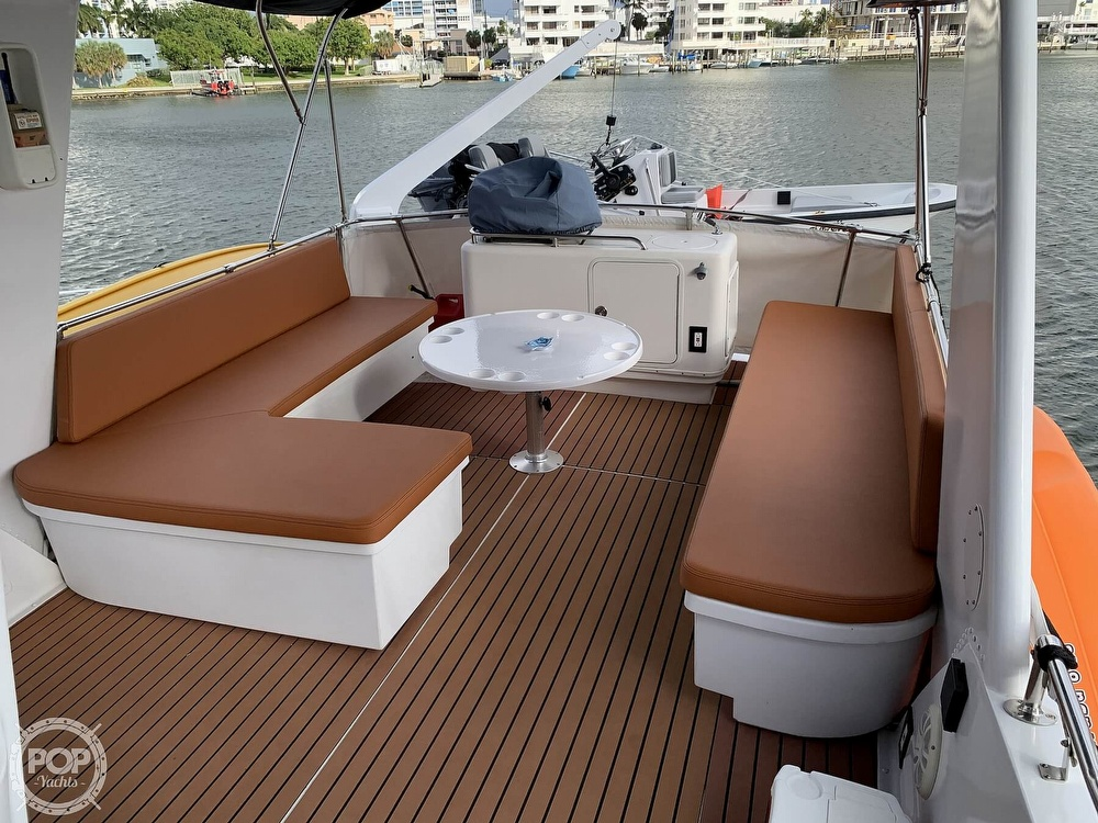 1977 Hatteras boat for sale, model of the boat is 58 Motor Yacht & Image # 6 of 40