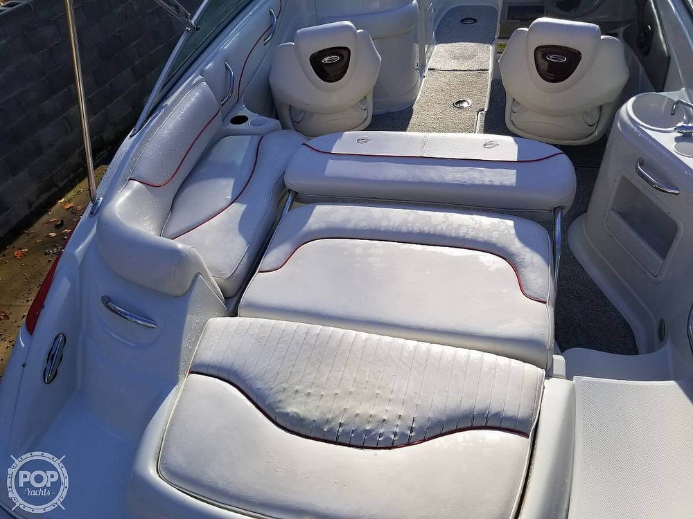 2005 Crownline boat for sale, model of the boat is 220EX & Image # 11 of 15