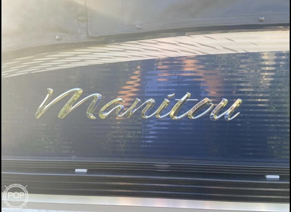 2018 Manitou boat for sale, model of the boat is 20 Oasis & Image # 5 of 8