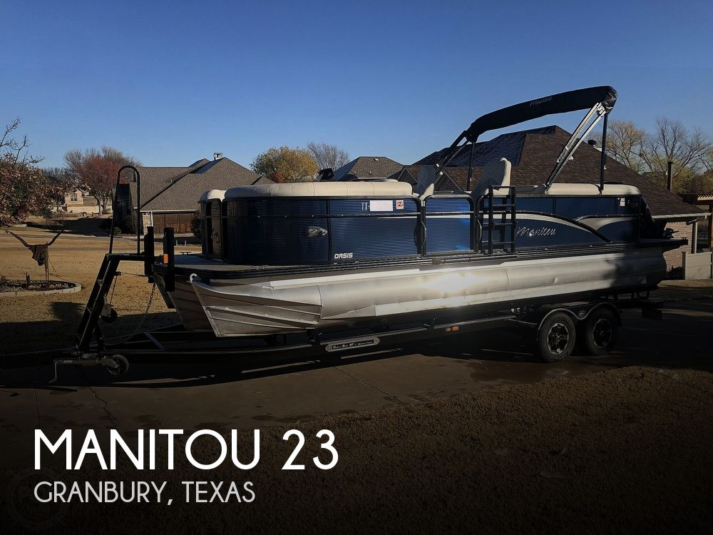 2018 Manitou boat for sale, model of the boat is 23 Oasis SHP & Image # 1 of 40