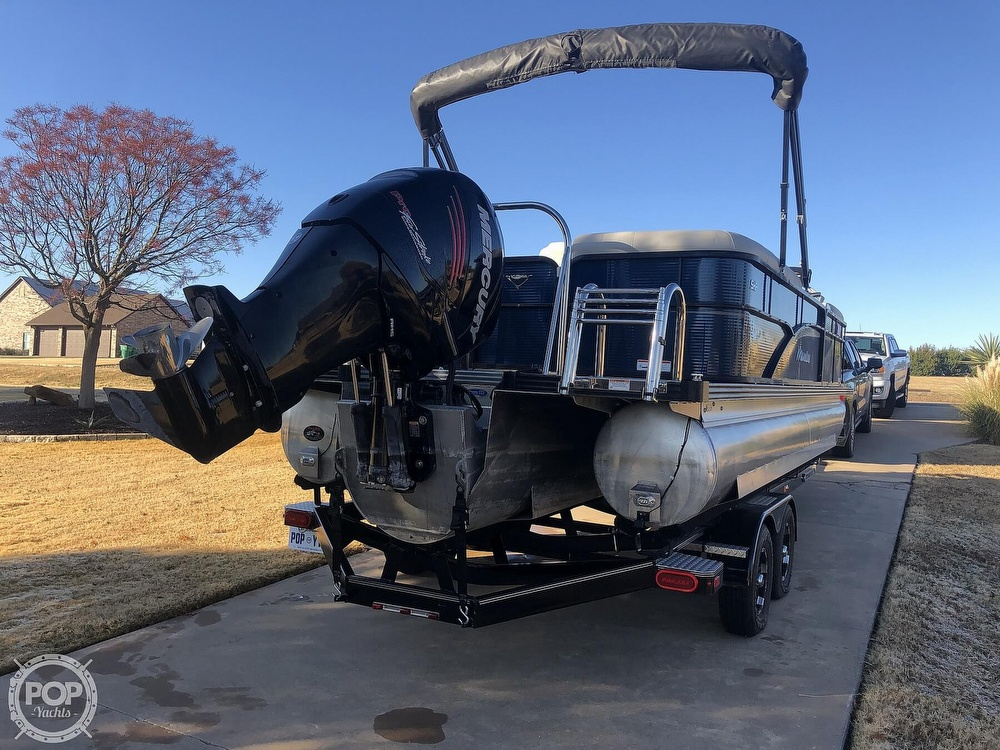 2018 Manitou boat for sale, model of the boat is 23 Oasis SHP & Image # 18 of 40