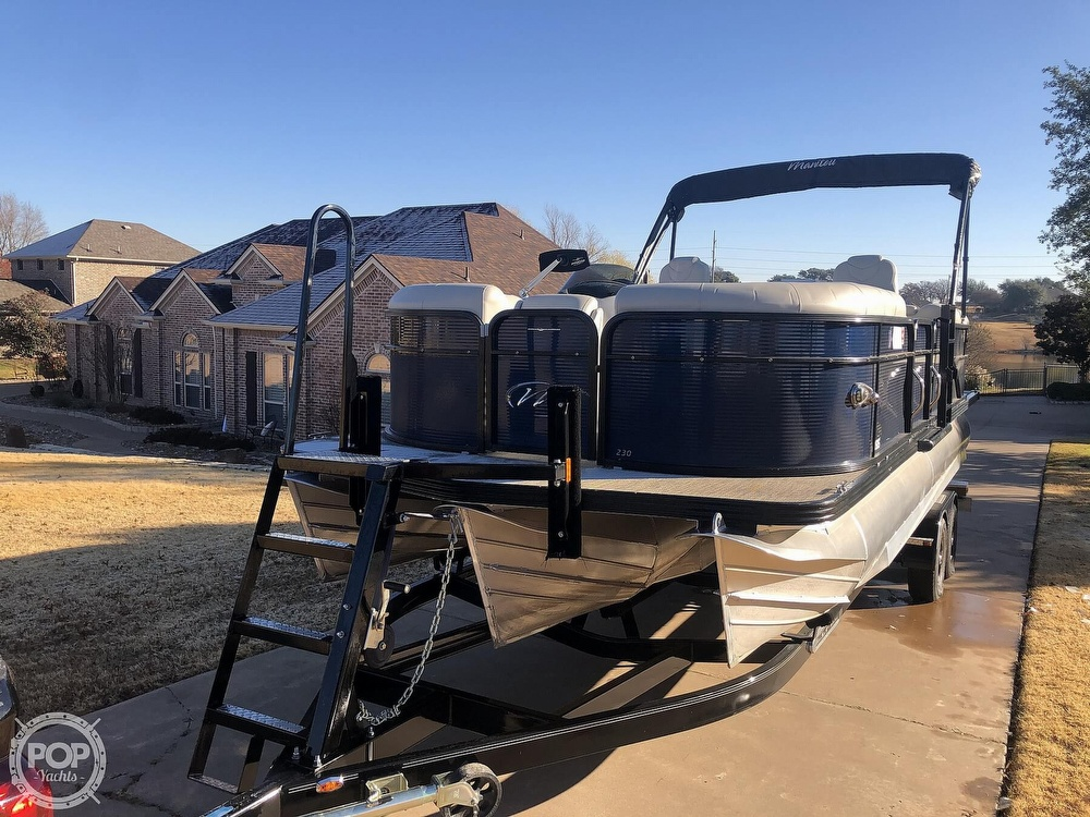 2018 Manitou boat for sale, model of the boat is 23 Oasis SHP & Image # 27 of 40
